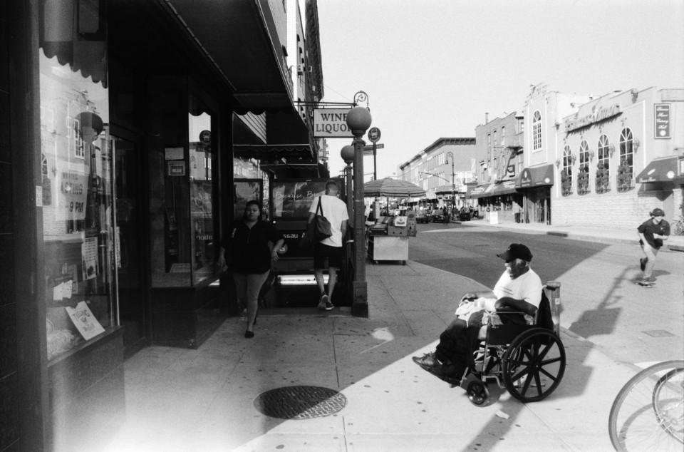 3_nassau_skate_wheelchair_greenpoint